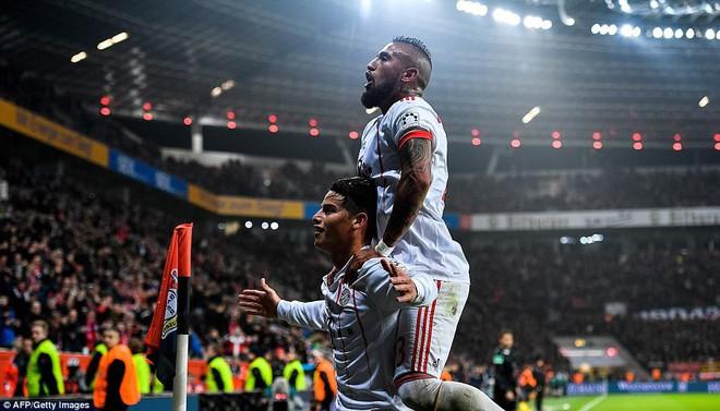 James Rodriguez ghi bàn và kiến tạo trong chiến thắng của Bayern - Ảnh 6.