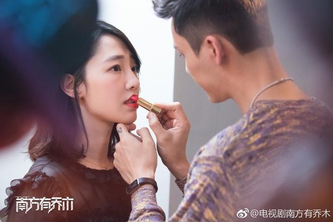 Hậu scandal ngoại tình, Bạch Bách Hà - Đổng Khiết chật vật trở lại màn ảnh nhỏ - ảnh 1
