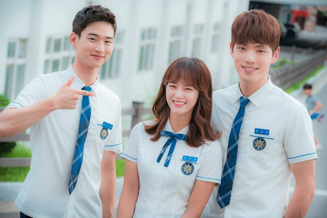 Idol Kpop giờ toàn đóng chính, nhưng gần như phim nào rating cũng... thấp kỉ lục! - ảnh 3