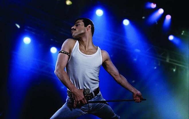 Nổi da gà nghe lại kiệt tác rock-guitar hay nhất mọi thời đại trong phim Bohemian Rhapsody - ảnh 4