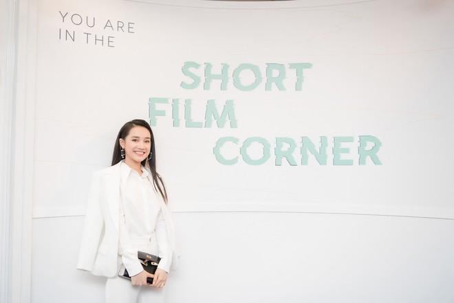 Phim ngắn do Nhã Phương đầu tư và đóng chính được trình chiếu ở LHP Cannes 2018 - ảnh 8