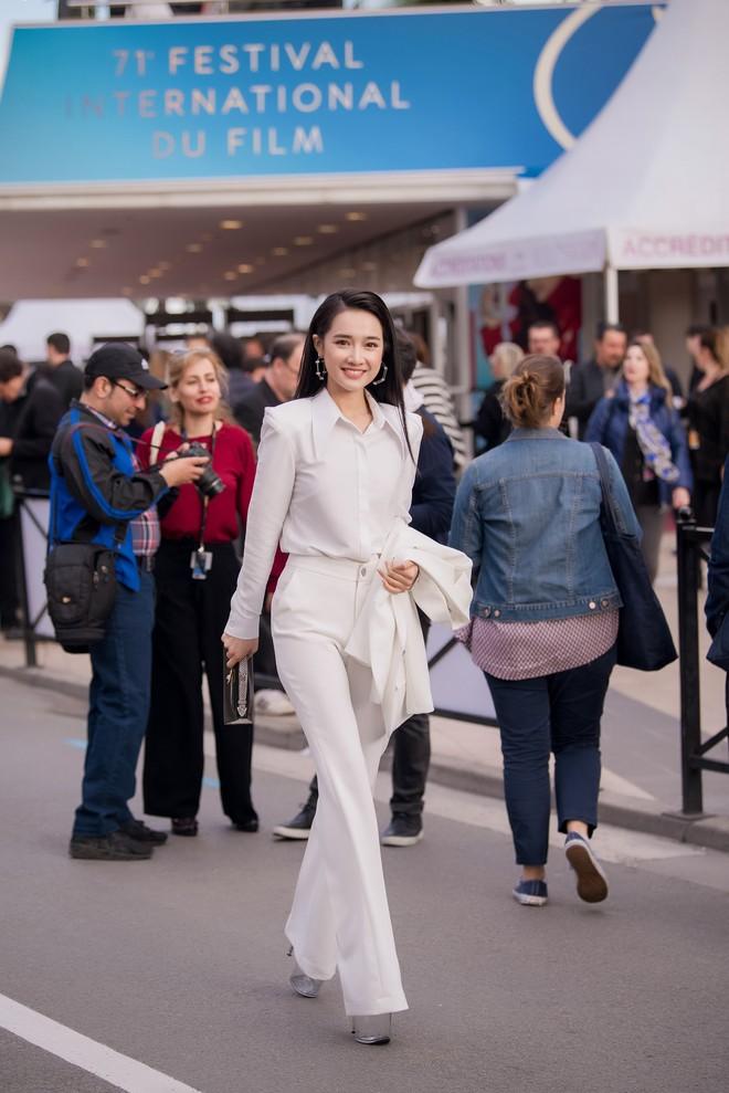 Phim ngắn do Nhã Phương đầu tư và đóng chính được trình chiếu ở LHP Cannes 2018 - ảnh 12