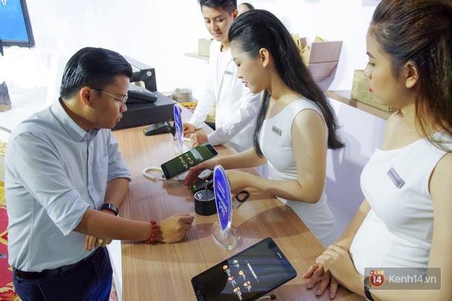 Nền tảng ứng dụng Samsung Pay đã cho phép thanh toán bằng đồng hồ thông minh và rút tiền mặt từ cây ATM chỉ với thao tác chạm smartphone - Ảnh 8.