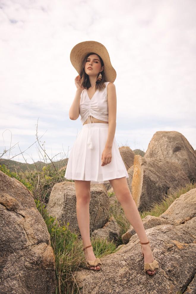 5 món đồ thời trang giúp bạn nổi bật trong các chuyến du lịch hè này - Ảnh 4.