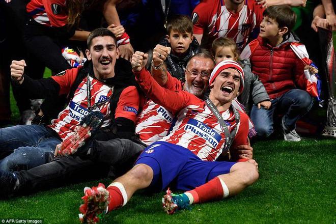 Griezmann chói sáng, Atletico lần thứ ba vô địch Europa League - ảnh 1