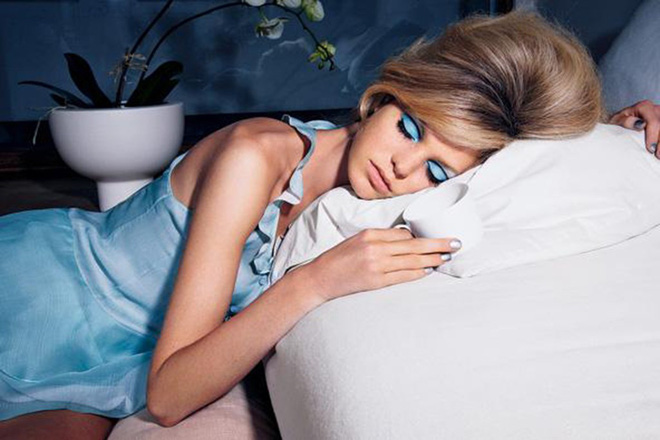 6 thói quen có hại trước khi ngủ mà cô gái nào cũng mắc phải ít nhất 1 cái - ảnh 6