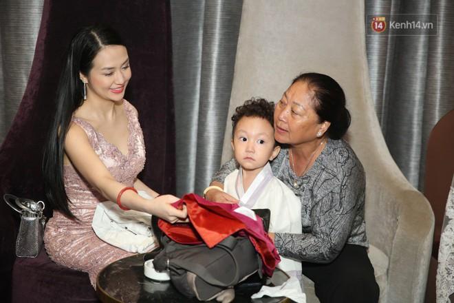 Tuấn Hưng cùng vợ con đến mừng đám cưới bạn thân chí cốt Lâm Vũ - ảnh 4