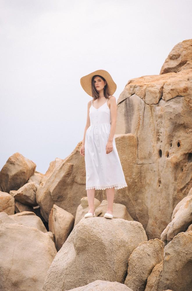 5 món đồ thời trang giúp bạn nổi bật trong các chuyến du lịch hè này - Ảnh 7.