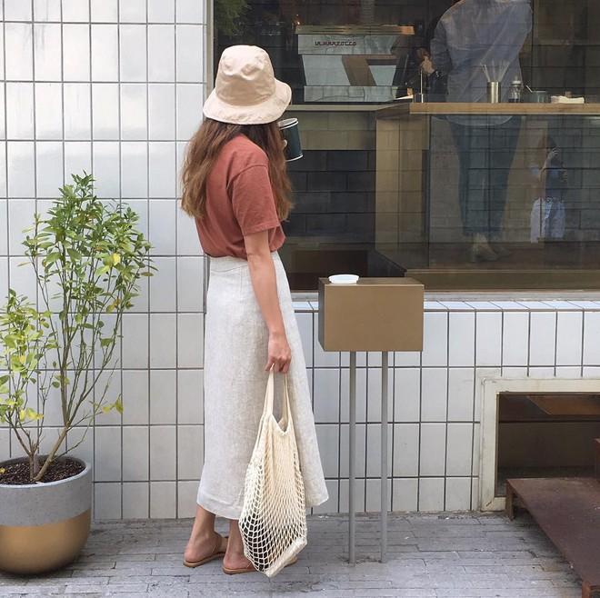 4 kiểu mũ không chỉ để che nắng mà còn để diện cùng đồ gì cũng đẹp khỏi chê hè này - ảnh 16