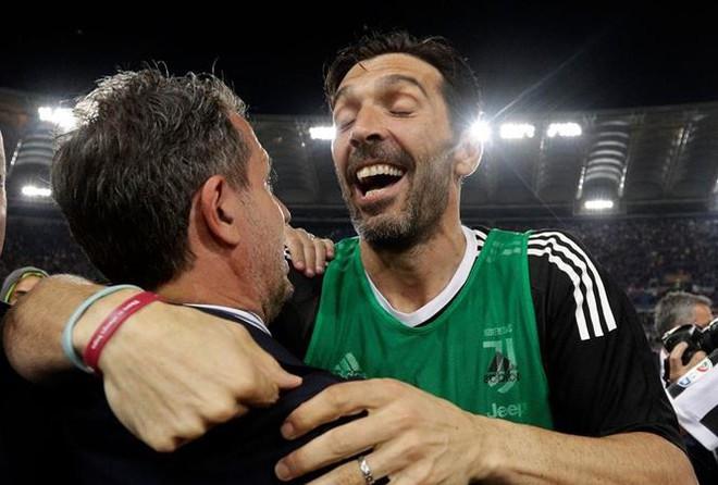 Thủ môn huyền thoại Buffon chính thức rời Juventus - ảnh 1