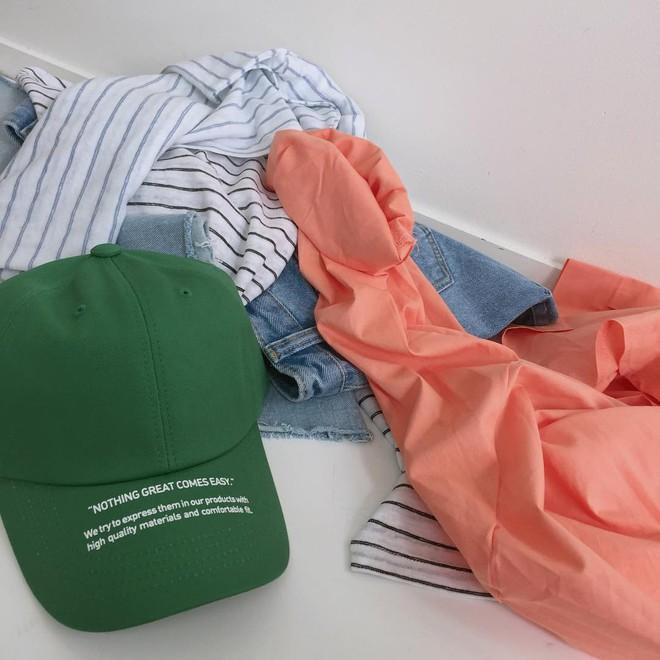 4 kiểu mũ không chỉ để che nắng mà còn để diện cùng đồ gì cũng đẹp khỏi chê hè này - ảnh 23