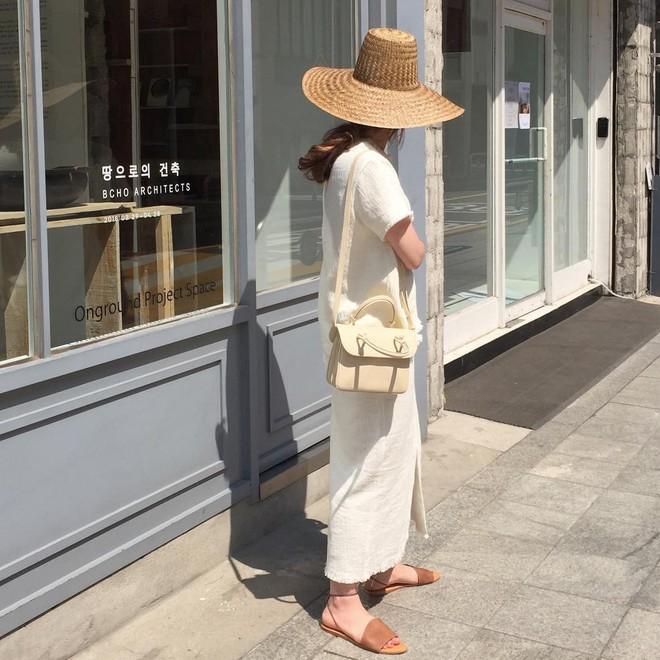 4 kiểu mũ không chỉ để che nắng mà còn để diện cùng đồ gì cũng đẹp khỏi chê hè này - ảnh 9