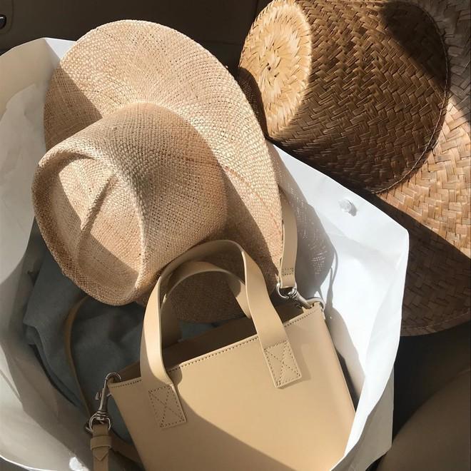 4 kiểu mũ không chỉ để che nắng mà còn để diện cùng đồ gì cũng đẹp khỏi chê hè này - ảnh 8