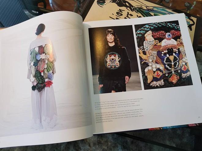Em Hoa của NTK Công Trí sánh ngang với Dolce&Gabbana, Gucci khi xuất hiện trong sách ảnh nổi tiếng - Ảnh 5.