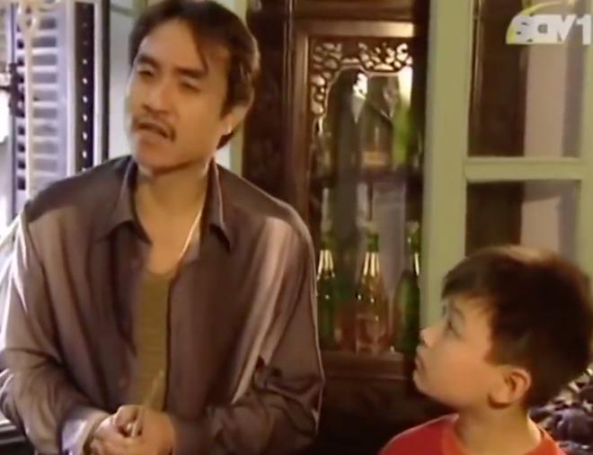 Clip: Vừa cười vừa tội thay chú bé này vì mời cơm thôi mà còn khổ hơn Đường Tăng đi thỉnh kinh! - ảnh 2