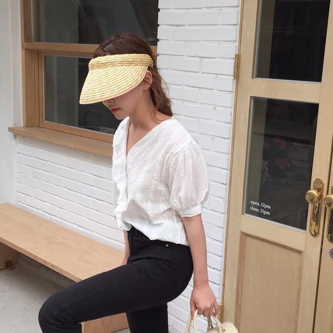 4 kiểu mũ không chỉ để che nắng mà còn để diện cùng đồ gì cũng đẹp khỏi chê hè này - ảnh 1