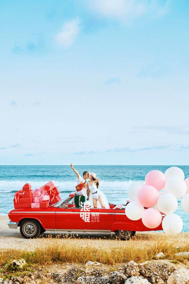 Đối thủ PGone tổ chức đám cưới ngọt ngào với bạn gái lâu năm, ôm bố mẹ vợ khóc nức nở - ảnh 15