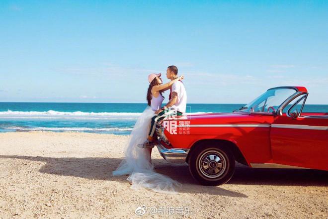 Đối thủ PGone tổ chức đám cưới ngọt ngào với bạn gái lâu năm, ôm bố mẹ vợ khóc nức nở - ảnh 10