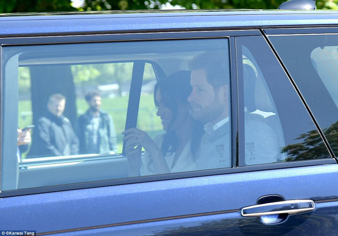 Hoàng tử Harry và Meghan Markle xuất hiện tươi tắn bất chấp những tin tức bê bối về gia đình suốt thời gian qua - ảnh 5