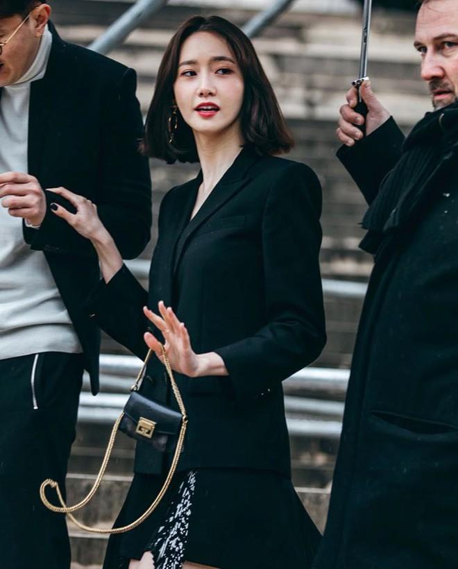 Gây bão vì như ông hoàng bà hoàng ở Paris từ tháng 3, Yoona và Minho ém kỹ giờ mới tung hình tạp chí - ảnh 7