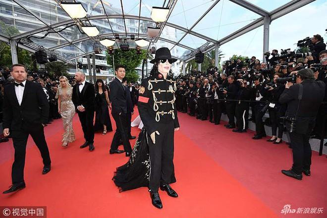 Những màn cosplay lố bịch tại Cannes 2018: từ Michael Jack-Ma cho đến Người Sắt Tony Steak - ảnh 1