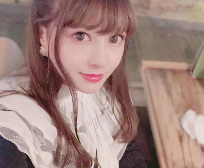 Khoe ảnh PTTM thành công, thiếu nữ Nhật được dân tình nhận xét: Trông như vừa đầu thai kiếp khác! - ảnh 6