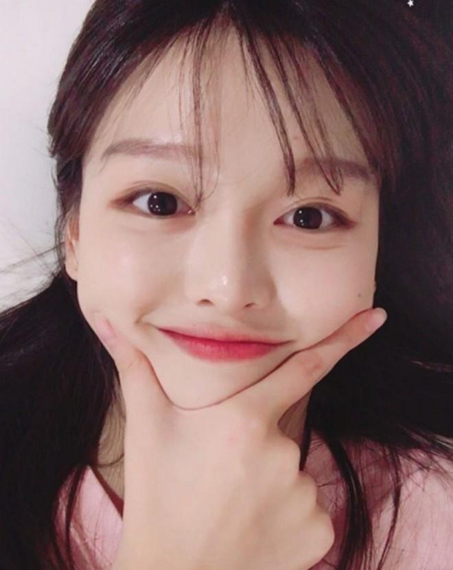 Chị ruột Kim Yoo Jung mới đóng phim đã gây sốt với nhan sắc không kém em gái - ảnh 6