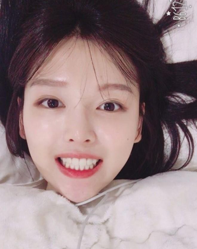 Chị ruột Kim Yoo Jung mới đóng phim đã gây sốt với nhan sắc không kém em gái - ảnh 9