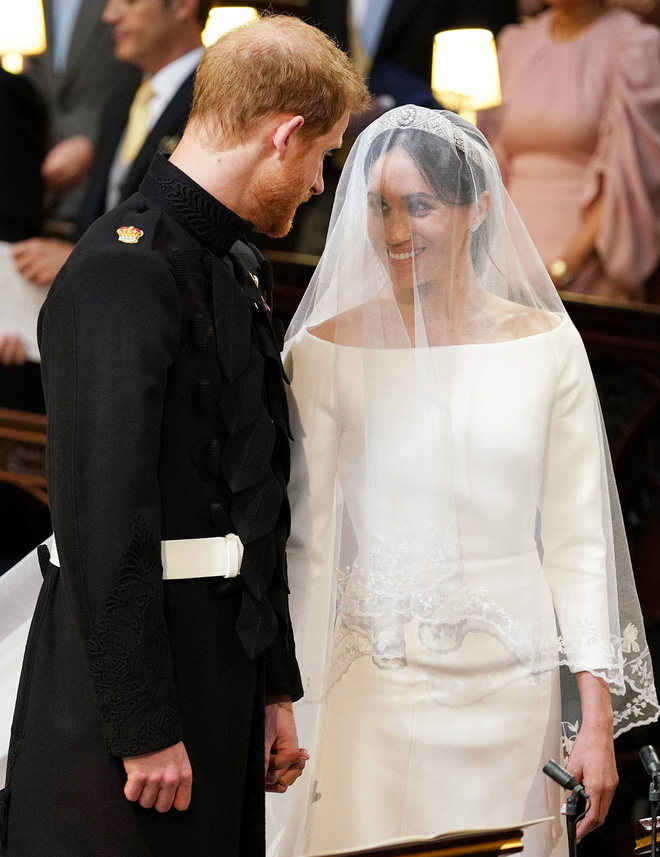 Rần rần trước loạt chi tiết trùng khớp giữa đám cưới Hoàng Gia Anh và hôn lễ thế kỷ của Song Song - ảnh 19