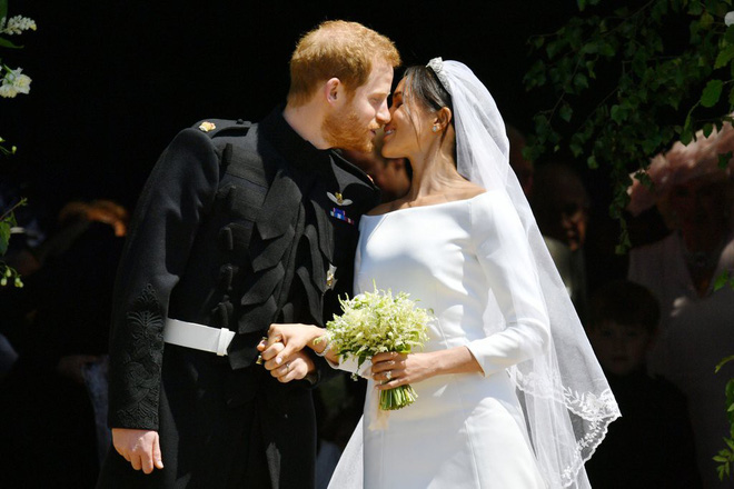 Rần rần trước loạt chi tiết trùng khớp giữa đám cưới Hoàng Gia Anh và hôn lễ thế kỷ của Song Song - ảnh 21