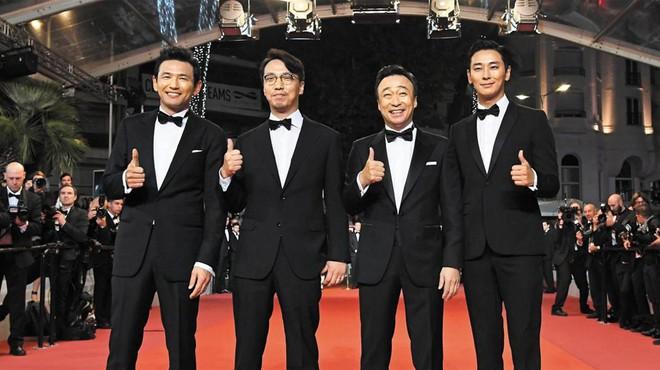 Nếu hỏi diễn viên Hàn nào vực dậy khỏi scandal ngoạn mục nhất, thì đó chính là Thái tử Shin! - ảnh 9