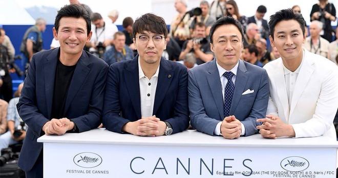Nếu hỏi diễn viên Hàn nào vực dậy khỏi scandal ngoạn mục nhất, thì đó chính là Thái tử Shin! - ảnh 11