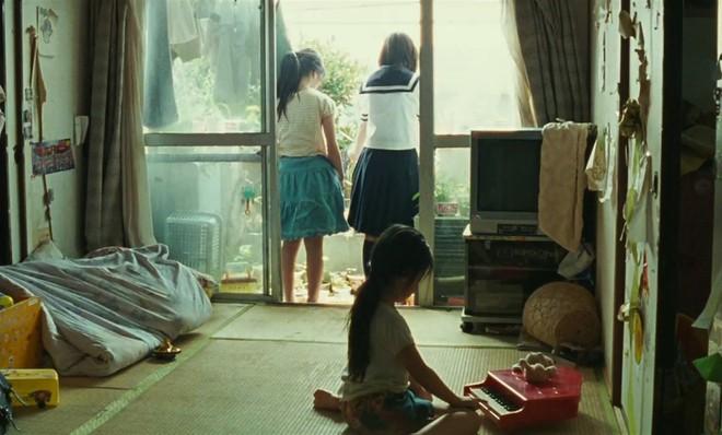 """Nobody Knows: Thế giới """"không ai biết"""" của những đứa trẻ bị bỏ rơi - ảnh 8"""