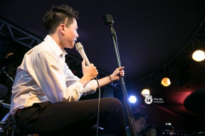 Clip: Trịnh Thăng Bình lần đầu thể hiện bản mashup hai ca khúc Người ấy và Không sao đâu cực nuột - Ảnh 9.