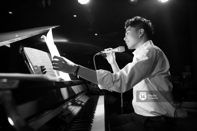 Clip: Trịnh Thăng Bình lần đầu thể hiện bản mashup hai ca khúc Người ấy và Không sao đâu cực nuột - Ảnh 7.