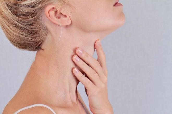 6 dấu hiệu cảnh báo ung thư tuyến giáp mà nhiều người thường hay bỏ qua - ảnh 3