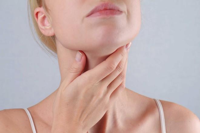 6 dấu hiệu cảnh báo ung thư tuyến giáp mà nhiều người thường hay bỏ qua - ảnh 6