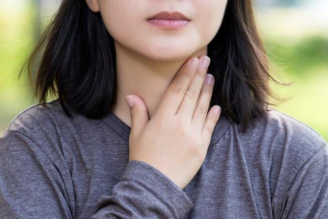 6 dấu hiệu cảnh báo ung thư tuyến giáp mà nhiều người thường hay bỏ qua - ảnh 1