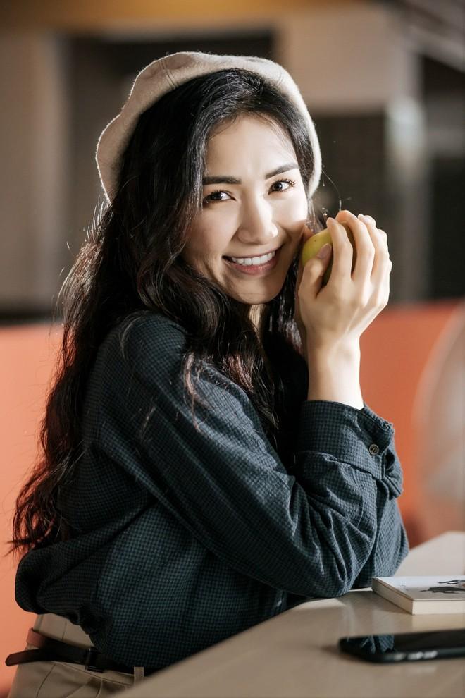 Hết lòng với phi công trẻ, Hòa Minzy vẫn nhận cái kết đắng cho mối tình chị em - Ảnh 4.