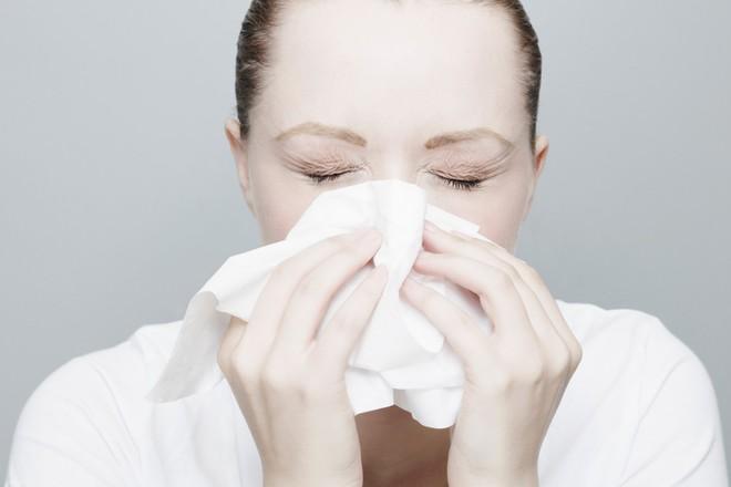 6 dấu hiệu nhận biết bệnh ung thư mũi xoang mà bạn không nên xem thường - ảnh 3