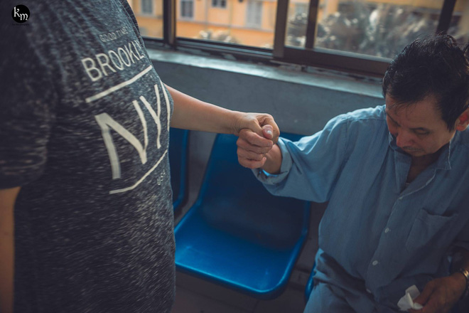 Nếu em bị mù, anh có yêu em không?: Tình yêu của cặp vợ chồng già ở Bắc Giang khiến nhiều người ngưỡng mộ - Ảnh 7.