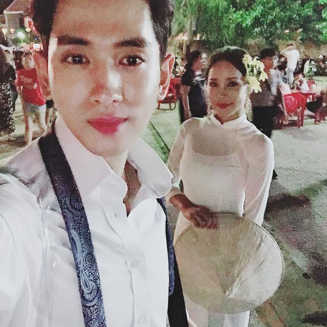 Dispatch đưa tin nữ ca sĩ bốc lửa xứ Hàn diện áo dài, cùng chồng kém 17 tuổi đến tận Việt Nam để chụp hình cưới - ảnh 3