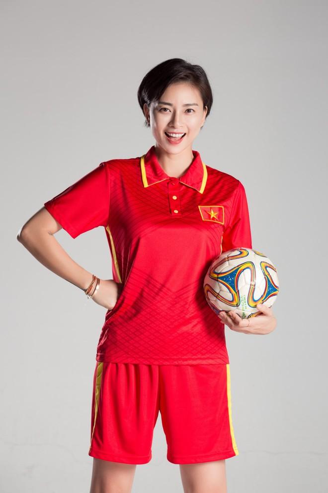 Là fan cuồng của bóng đá, những sao Việt này hẳn sẽ đứng ngồi không yên khi World Cup đang đến gần! - ảnh 7
