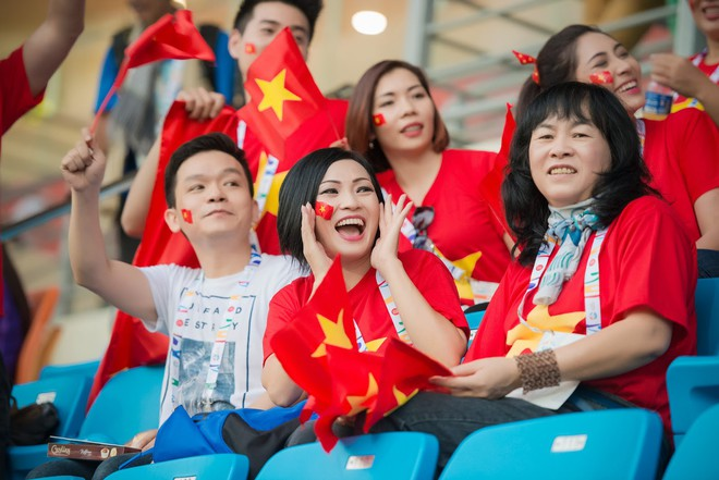 Là fan cuồng của bóng đá, những sao Việt này hẳn sẽ đứng ngồi không yên khi World Cup đang đến gần! - ảnh 13