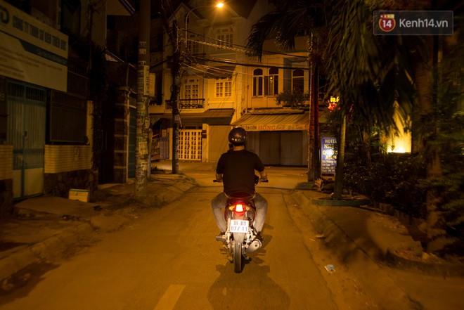 Dịch vụ giao thức ăn đêm ở Sài Gòn tăng cường hoạt động đến gần 3h sáng trong mùa World Cup - ảnh 12