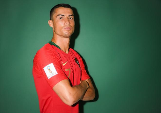 Ảnh chân dung cực nét của Ronaldo, Messi, Neymar và các ngôi sao lớn nhất World Cup 2018 - ảnh 3