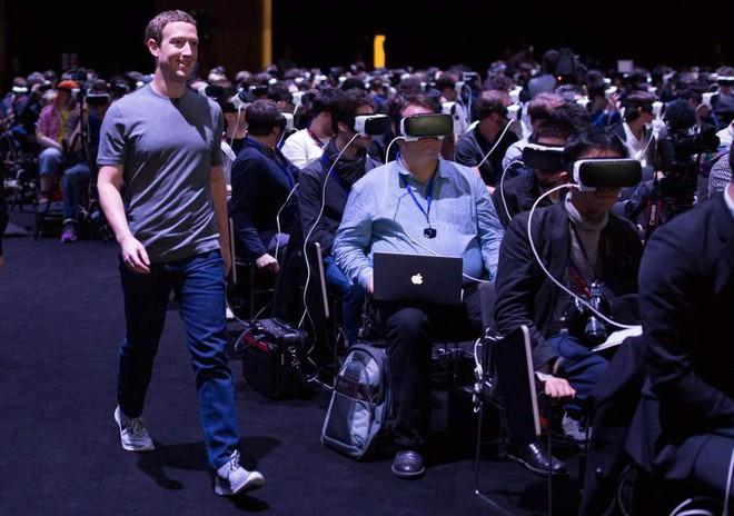 Hoạt hình Incredibles 2 phải chăng mượn hình ảnh ác nhân để bóng gió mạng xã hội ngày nay? - ảnh 10