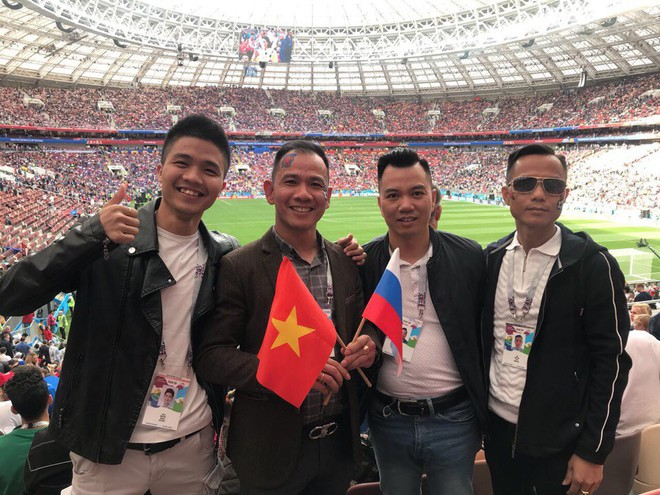Dẫn trước 2:0, du học sinh Việt cùng người dân Nga hát vang bài ca chiến thắng ở thủ đô Moscow - ảnh 4