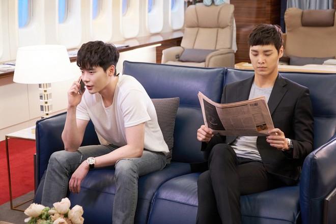 Ai cũng choáng khi biết tuổi thật của mỹ nam thủ vai anh trai Park Seo Joon trong Thư Ký Kim - ảnh 5