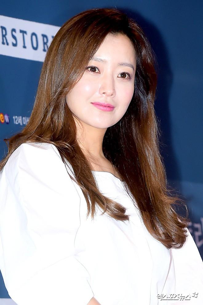 Sự kiện hội tụ gần 30 sao Hàn: Mẹ Kim Tan lép vế trước Kim Hee Sun, Jung Hae In nổi bật giữa dàn sao nhí một thời - ảnh 5